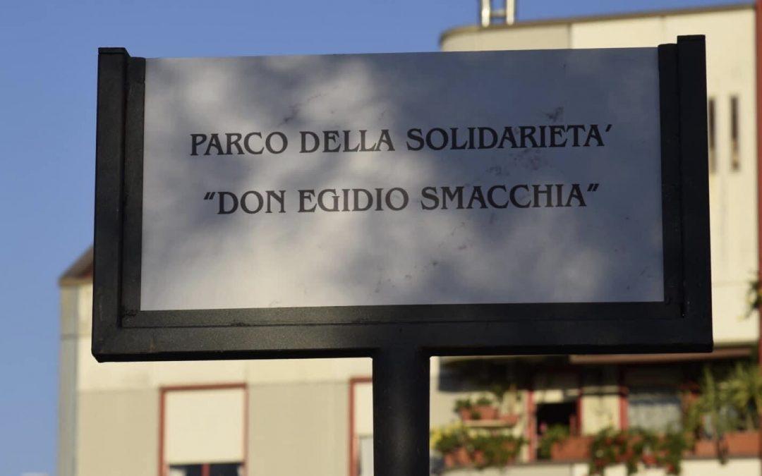 """Civitavecchia. Inaugurato il parco Don Egidio Smacchia, fondatore del Centro """"Il Ponte"""", in Via Veneto"""